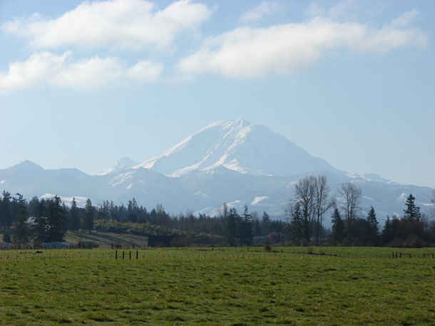 Mt. Rainier, Enumclaw plateau © 2008, photo by 4Culture staff