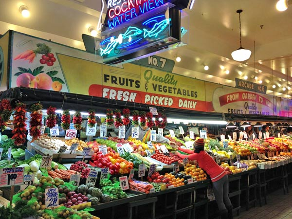 Pike Place Public Market © 2013, photo by 4Culture staff